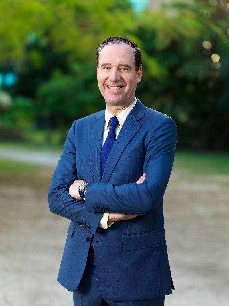 rumc governance Professor David Whitford PRESIDENT, CEO & REGISTRAR
